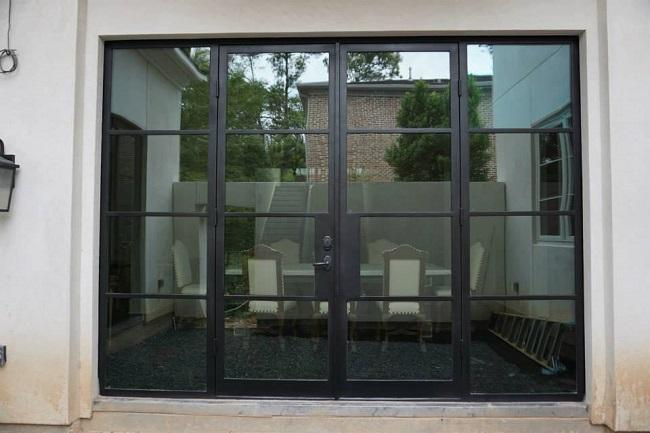 Choosing Between Wood, Fiberglass, and Metro Steel Doors