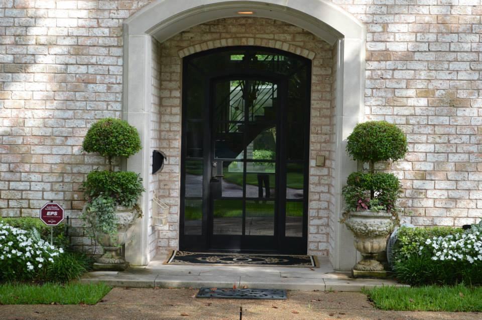 Fiberglass vs. Steel Entry Door — Exploring the Differences