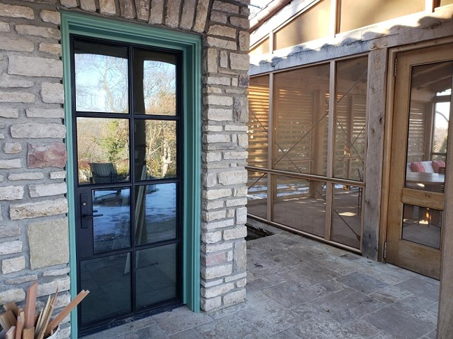 5 Must-Have Features of Modern Doors