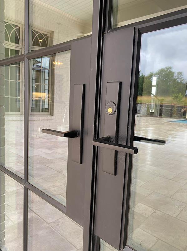 How Steel Doors Can Help You Capture Narrow Profiles